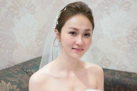 Dora Lin 韓風造型 台中新秘