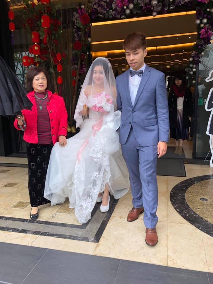 0223-2 - 幸福結婚禮車出租《結婚吧》