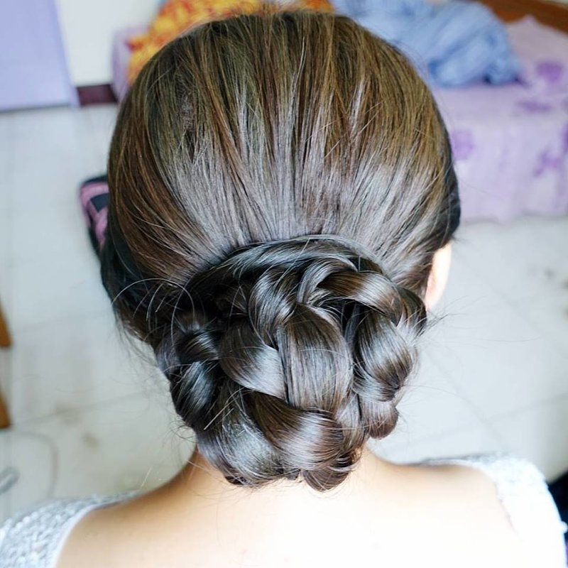 典雅盤髮造型