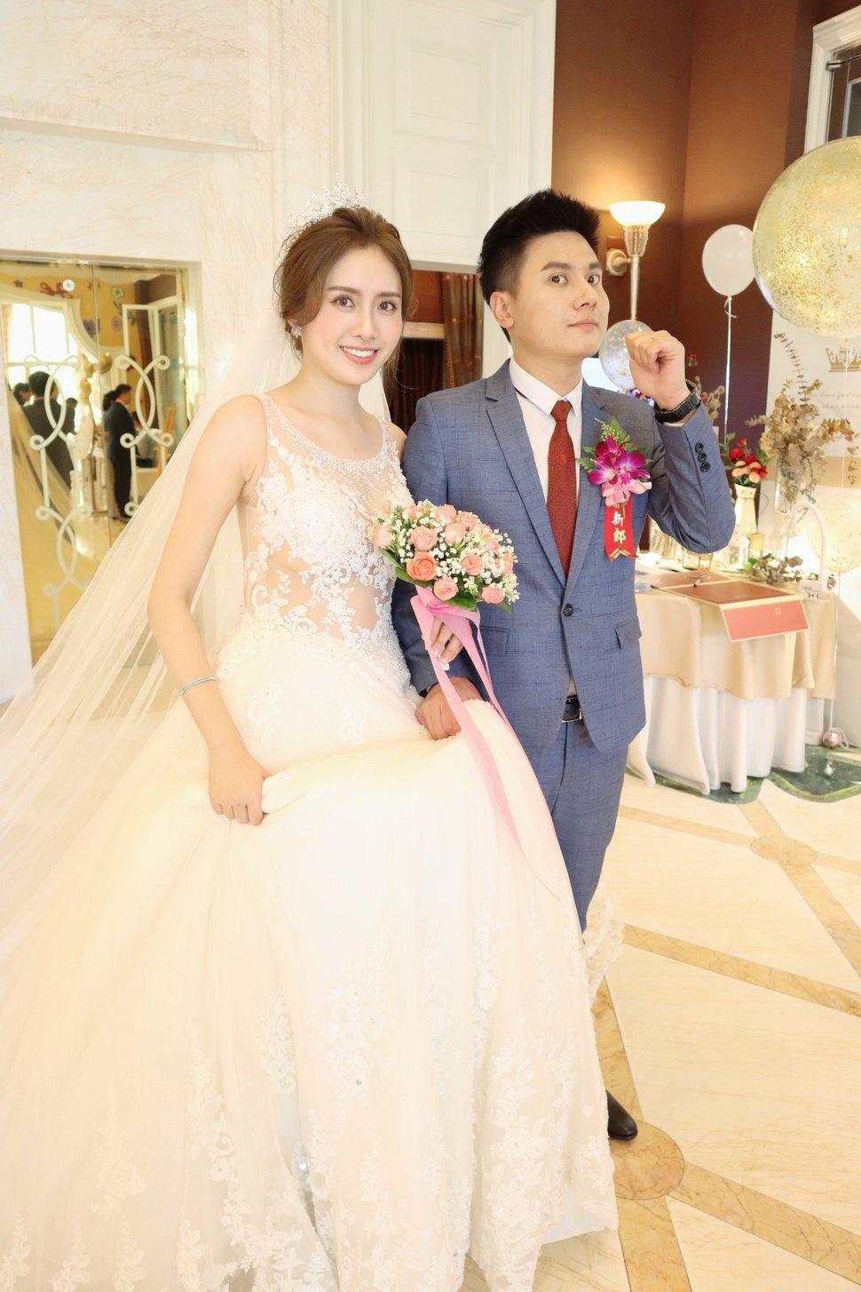 5FE83AC0-2DE4-4224-A90A-9B23E4545578 - 台中/台南新秘可可 新娘精緻彩妝整體造型《結婚吧》