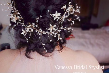 1080310&VanessaBridalStylist