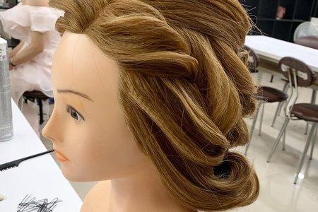 歐美建構式盤髮
