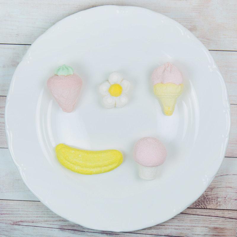 冰淇淋、蘑菇、香蕉、草莓棉花糖
