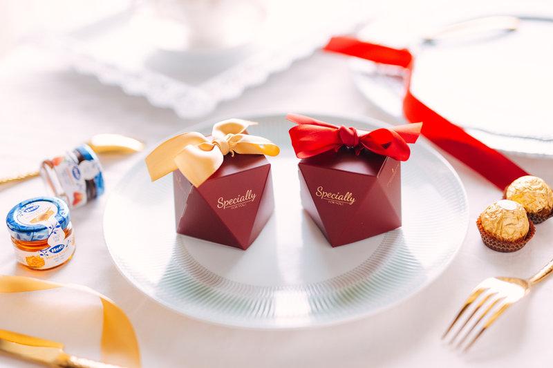 經典款紅金緞帶喜糖盒套組