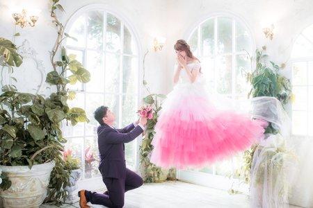 漸層夢幻蛋糕裙芭比娃娃➕漂浮婚紗