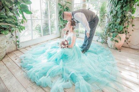 粉藍藍公主婚紗