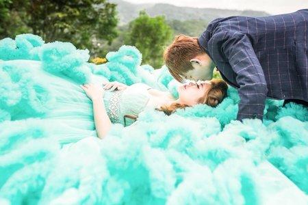 雲朵  Tiffany 藍綠婚紗