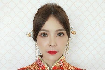 中式秀禾服造