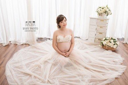 孕婦寫真作品-淺粉兩件式白紗