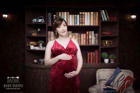 孕婦寫真作品-酒紅連身裙