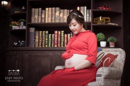 孕婦寫真作品-兩件式紅裙裝