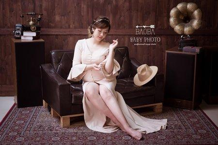 孕婦寫真作品-貴氣白長裙