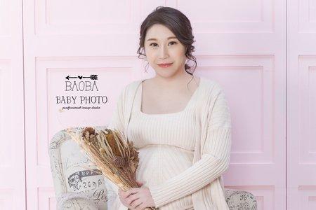孕婦寫真作品-卡其針織裙