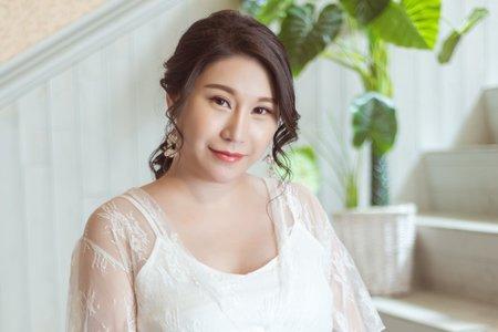 孕婦寫真作品-白色刺繡網紗裙