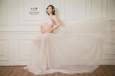 孕婦寫真作品-兩件式典雅紗裙