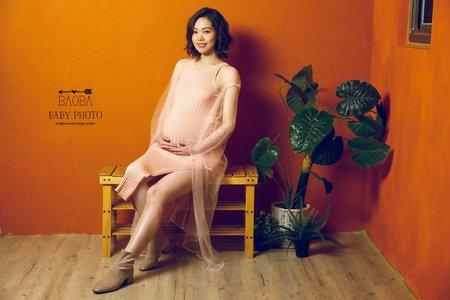 孕婦寫真作品-簡約針織連身裙