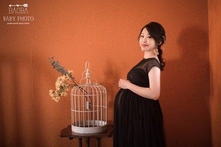孕婦寫真作品-若隱若現黑色連身裙