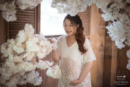 孕婦寫真作品-復古蕾絲罩裙