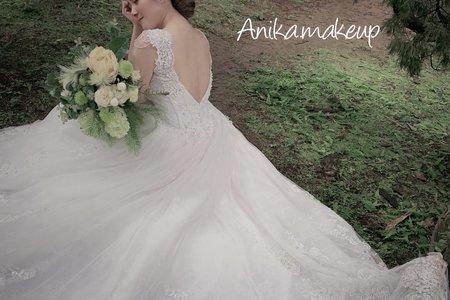 Anika . Makeup Studio / 整體造型/婚紗造型