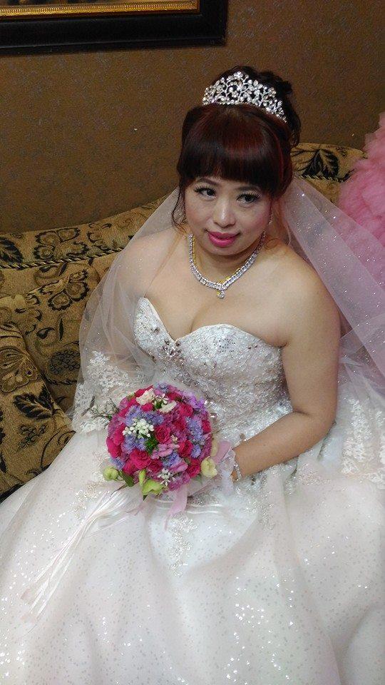 結婚-新娘造型設計(午宴.晚宴)作品