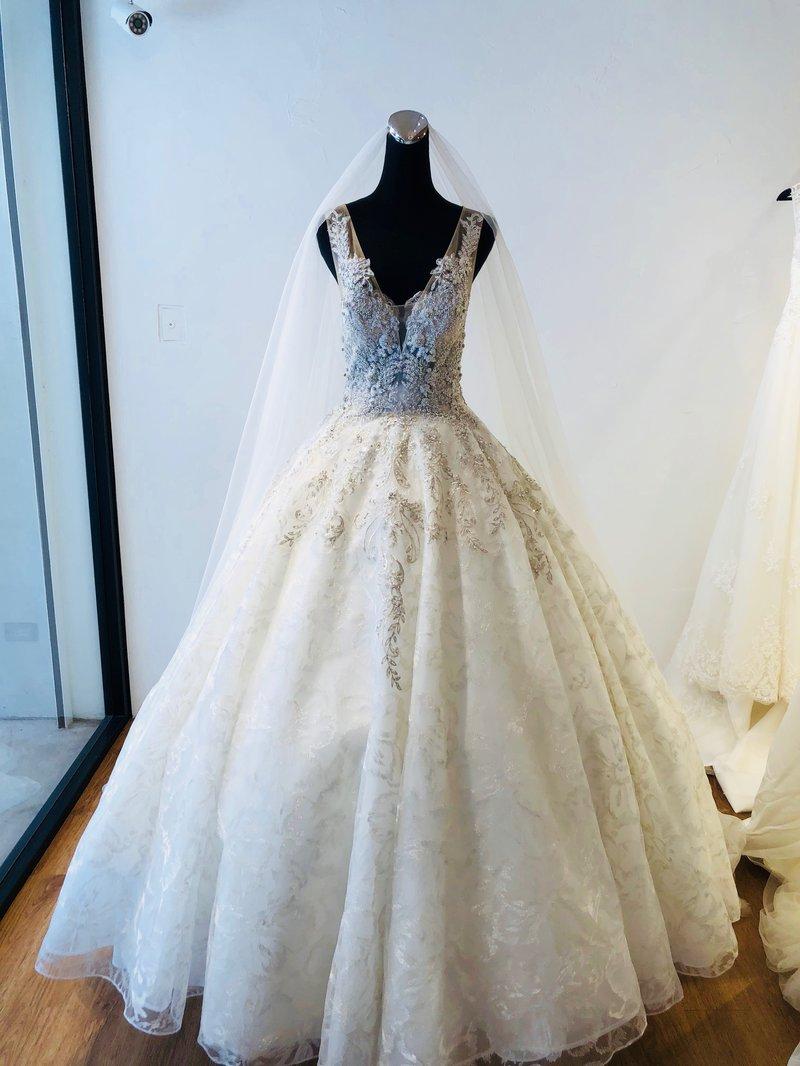 宴客婚紗+新娘造型設計 優惠方案作品