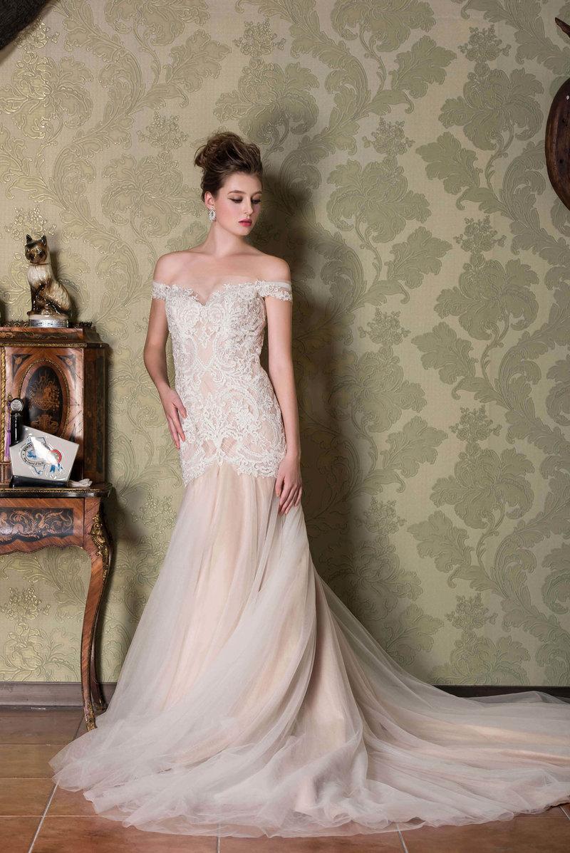 歐美頂級奢華婚紗(專屬頭紗)
