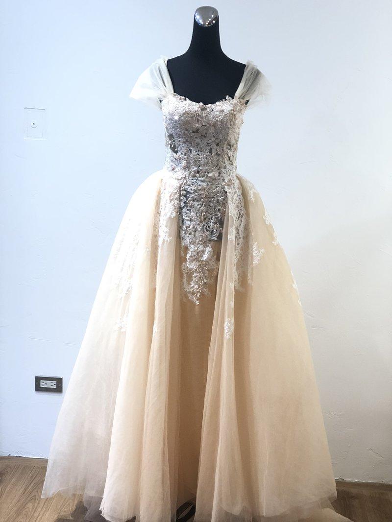 頂級手工婚紗
