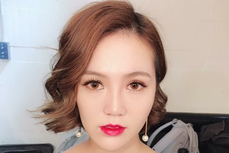 Mandy Tiao Stylist