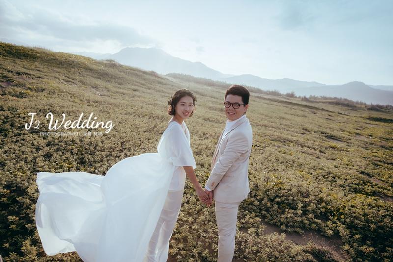 f26d7271f2cf50c63315c48b00c5d2e55bcc426f1516c - J2 wedding 板橋 中壢手工婚紗《結婚吧》