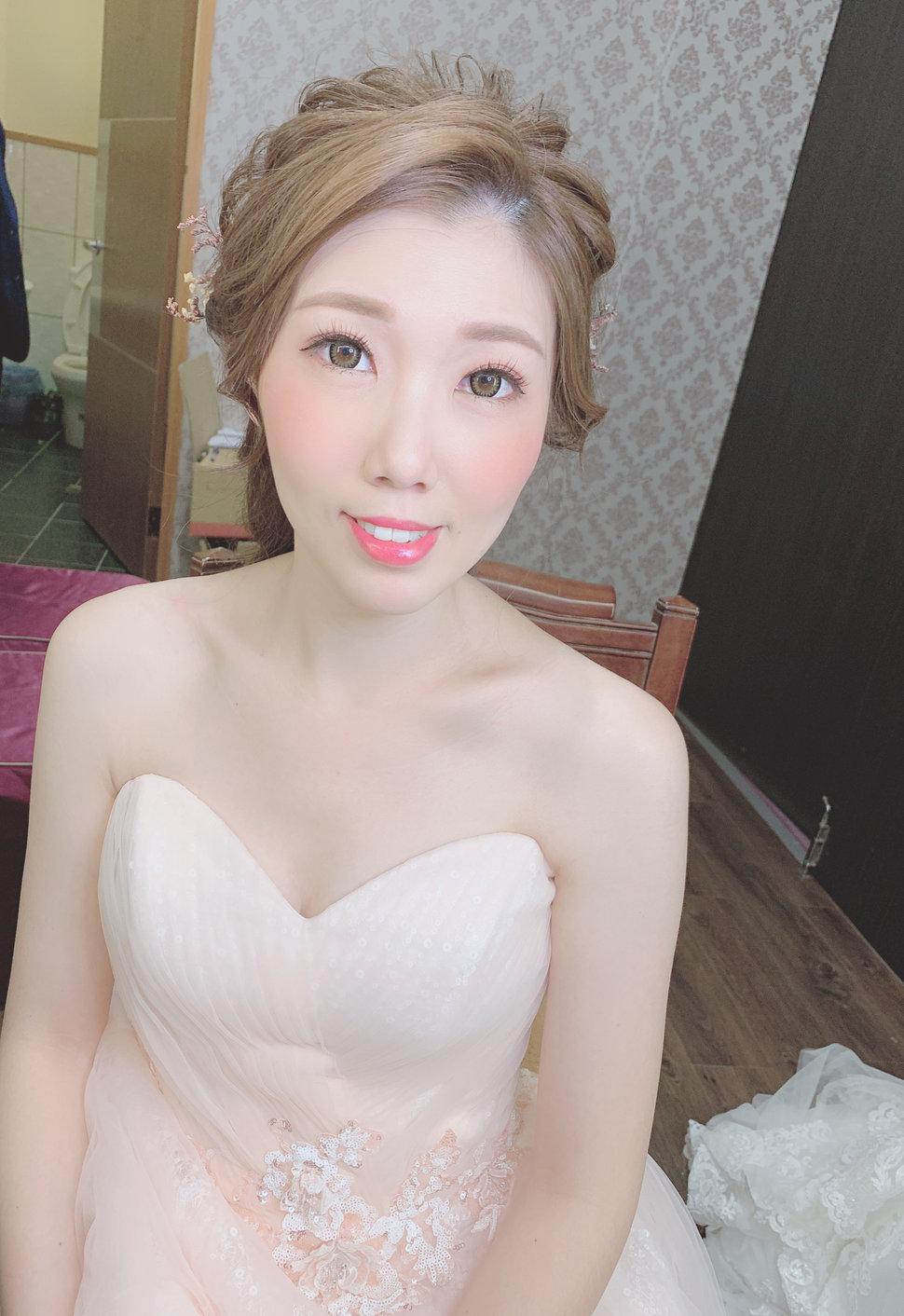 1036202A-197E-4199-873A-88B84B07F657 - Fanny造型工作室 新娘秘書 自助婚紗《結婚吧》