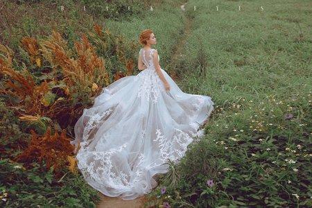 特殊裙擺白紗