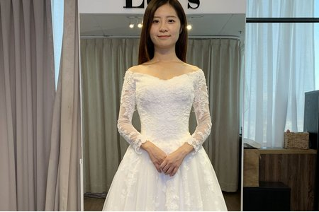 長袖蕾絲蓬裙白紗