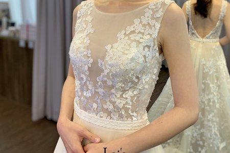 立體蕾絲淡橘色類白紗
