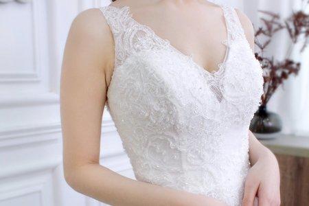 清新風背心款白紗