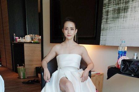 時尚霸氣新娘