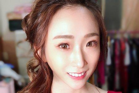 國光女神Una林書葶訂婚造型