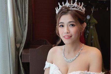 白紗皇冠造型