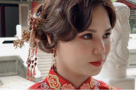 中式造型接著外景白紗