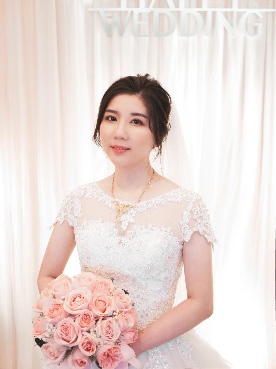 7A6BC92A-4CC5-43F8-955A-C1E68B39DFC0 - Lulu盧葦青《結婚吧》
