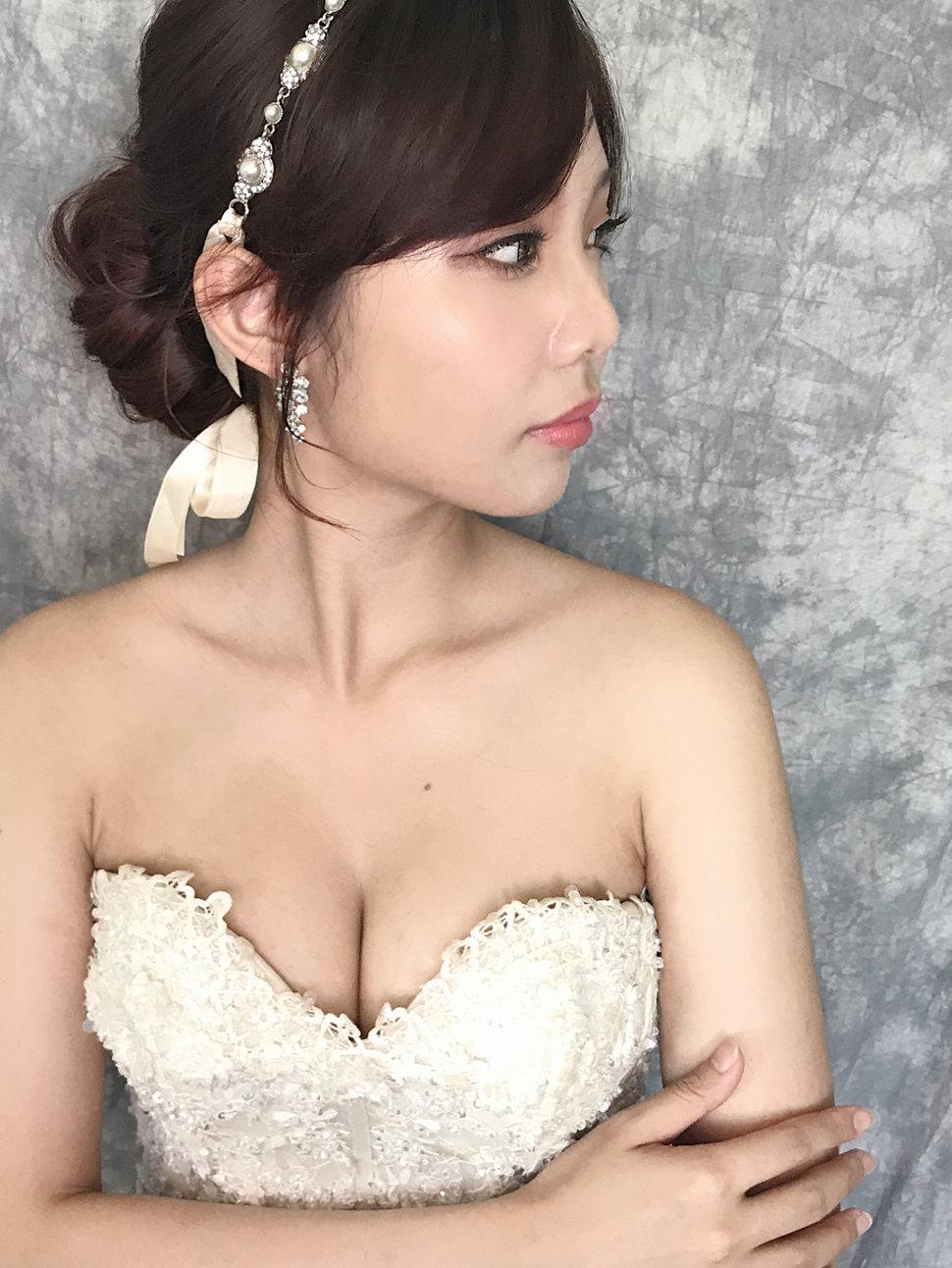 A57B69C8-6F5B-4B1A-9BCB-D6027089A9D4 - 台中高雄新娘秘書Ally Chen《結婚吧》
