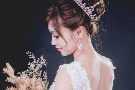 皇冠公主新娘造型