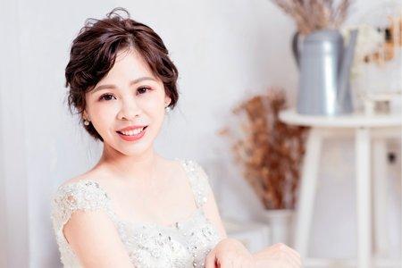 Green低盤髮新娘造型