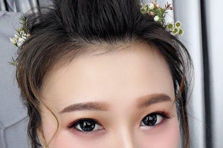 惠雯的單髮妝造型