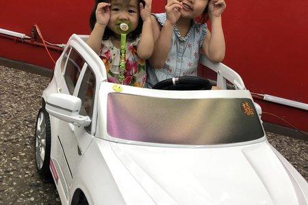 白色 BMW X5 小雙人座