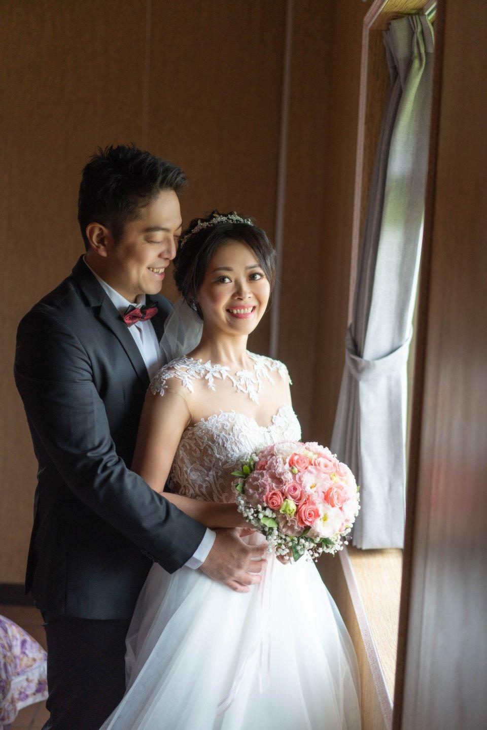 婚攝罐頭 影像團隊(網路熱推 全台服務),2020/01/12畢業的新娘 誠心推薦婚攝-罐頭