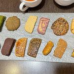 七見櫻堂手工喜餅,包裝精美,餅乾不膩口