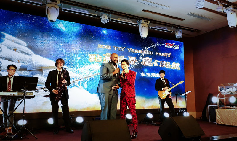 婚禮表演-樂團歌手(可擇聘1~6人)作品