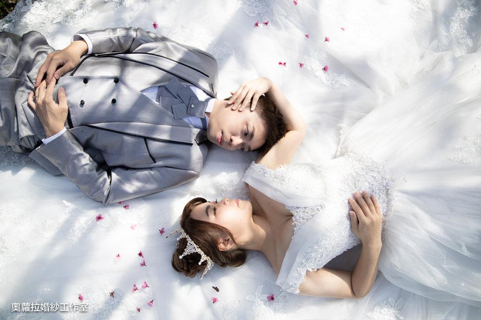 正誠雅芬-6修 - 奧蘿拉自助婚紗工作室《結婚吧》