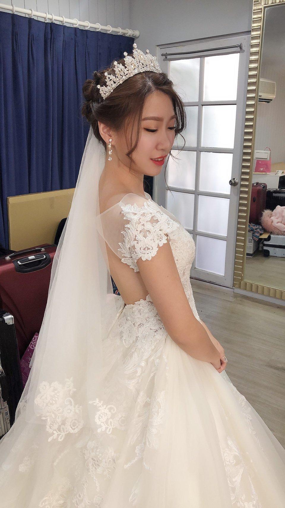 Nicole如 新娘秘書&整體造型,一生一次完美婚禮 放心交給Nicole!:)