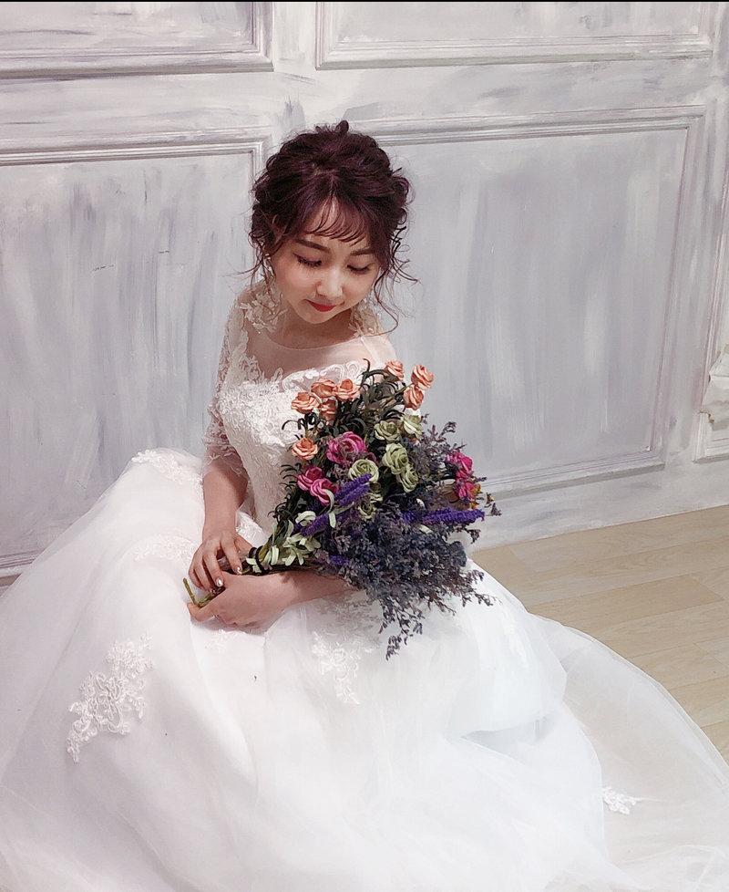 新娘子美呆了